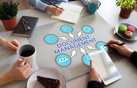 Document management system business process optimisation on Office desktop. Zdjęcie Seryjne