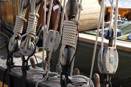 poleas: Poleas y los cierres barco  Foto de archivo