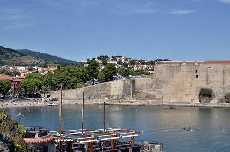 commune: Town and fortifications of Collioure, commune on the c?te vermeille in the Pyr?n?es-Orientales department, Languedoc-Roussillon region, in southern France.