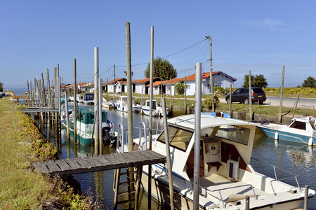 gironde: Ostreicole harbor of Audenge, is a common Located on the Northeast shore of Arcachon Bay, in the Gironde department in southwestern France.
