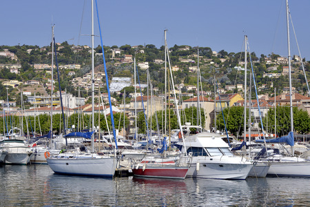 qui: Harbor of common GolfeJuan of the department qui AlpesMaritimes in turn belongs to the ProvenceAlpesCte d39Azur area of France Stock Photo