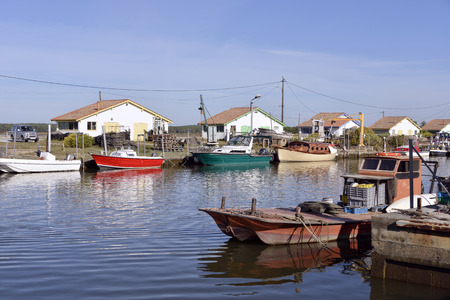 gironde department: Ostreicole harbor of Ars, is a town Located on the Northeast shore of Arcachon Bay, in the Gironde department in southwestern France.