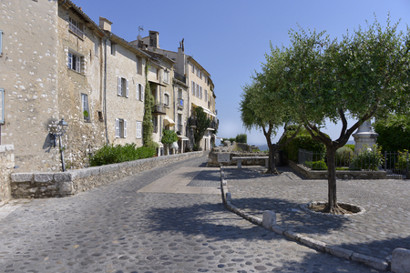vence: Paved road in walled town of Saint Paul de Vence, common in the Alpes-Maritimes department on the French Riviera Stock Photo