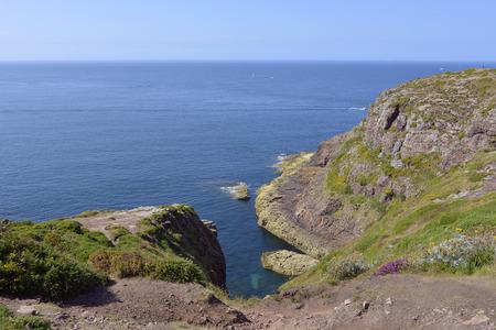 フレエル岩海岸、フランス北西部のブルターニュ半島のコーツ ダルモール県 写真素材