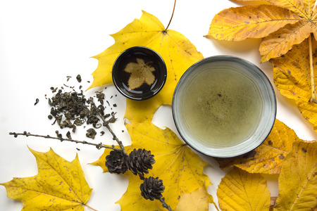 Autumn tea time still life closup on white background Stock Photo - 89106109