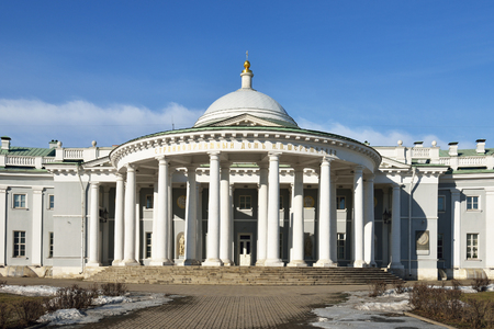 hospice: Hospice of Count Sheremetev. House church in the center of the building separated the two wings, one for the hospital and the other - for the poorhouse (1810)