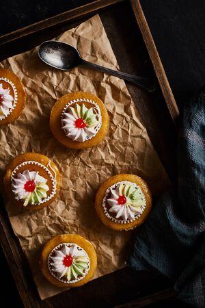 Colourful thai vintage style orange cake. Stockfoto