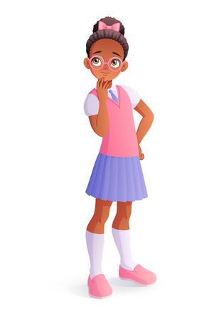 Curieuse et mignonne pensée jeune fille africaine noire à lunettes. Illustration de vecteur de dessin animé isolée sur fond blanc.