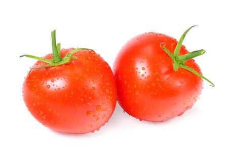 tomates fraîches isolées sur fond blanc