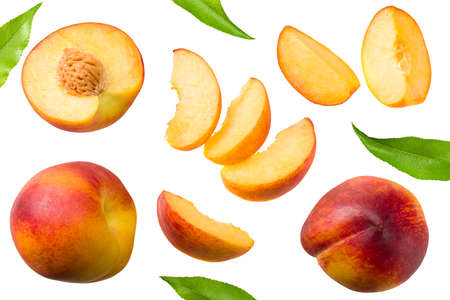 peach fruits with green leaf and slices isolated on white background. top view Standard-Bild - 152248946