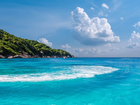 paysage: Turquoise waters of Andaman Sea Stock Photo