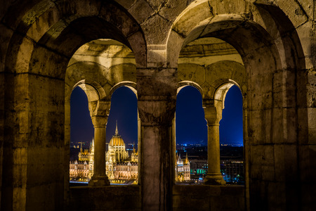 bastion: Budapest parlament view form fisherman bastion