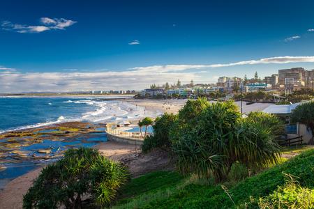 australia: Hot sunny day at sandy Kings Beach Calundra, Queensland, Australia