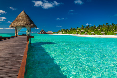 polynesia: Luxurious wooden outdoor overwater spa on a tropical atol in Maldives Stock Photo