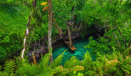 sua: To Sua ocean trench - famous swimming hole, Upolu, Samoa, South Pacific  Stock Photo