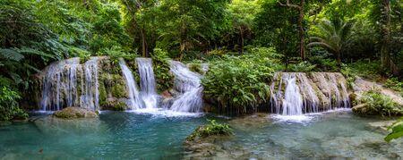 Atemberaubende Mele Maat Cascades in Port Vila, Efate Island, Vanuatu, Südpazifik Standard-Bild