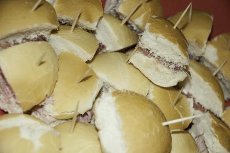 Whit ham sandwich