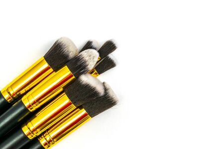 Makeup brush powder. Drawing cosmetic products isolated on white background with copy space. Beauty glamour concept Foto de archivo - 137896079