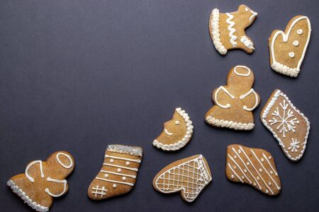 Christmas homemade gingerbread cookies. Celebration cooking. Merry Christmas greeting card, banner. Winter holiday xmas theme. Happy New Year. Space for text Foto de archivo - 138047722