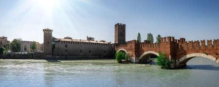 Verona city. Romeo, Juliet italian city panoramic view. Beautiful architecture, Adige river and bridges in Verona, Italy. Romantic travel concept 版權商用圖片