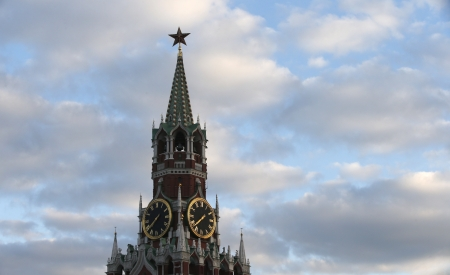 chiming: Spassky gate in the kremlin red square on sunset sky Stock Photo