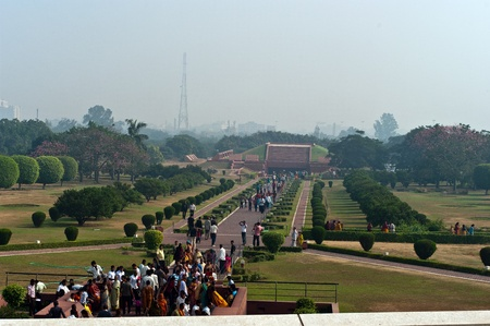 India, Delhi, October 2011, people in a line to Lotus Temple. Stock Photo - 11691836