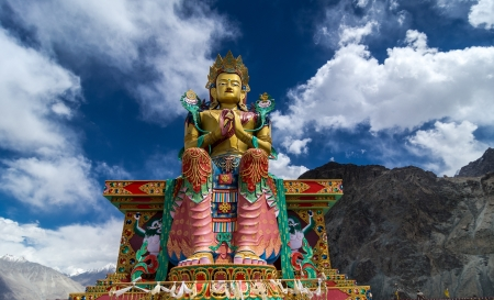 Buddha Maitreya Statue Stock Photo - 15948595