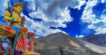 Buddha Maitreya Statue Stock Photo - 15948660