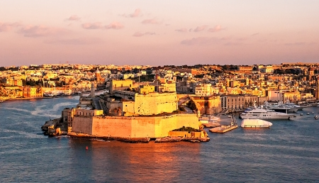 Fort Saint Angelo in Vittoriosa (Birgu), Malta, view from the Grand Harbour Stock Photo
