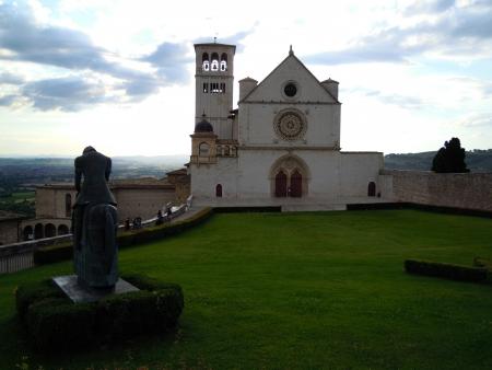 francesco: ASSISI, ITALIA - 23 GIUGNO 2013 - BASILICA DI SAN  FRANCESCO
