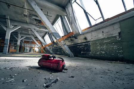 old lost abandonend factory building hall Stockfoto
