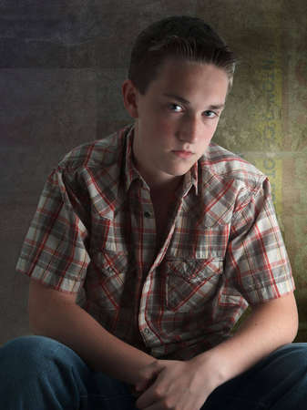 mensch: A teenager looks provocative at me
