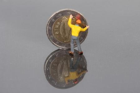 stabilize: Irish euro