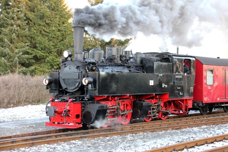narrowgauge: Steam locomotive
