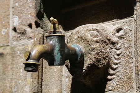 old faucet Standard-Bild