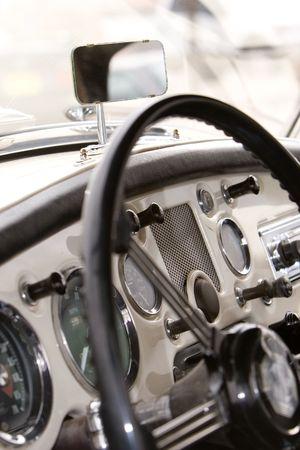 custom car: vintage car dash