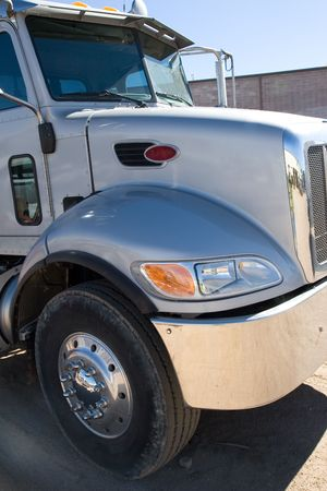 details shot of the fron tend of a semi truck