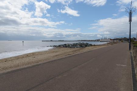 groyne: Felixstowe seafront, beach and pier Stock Photo