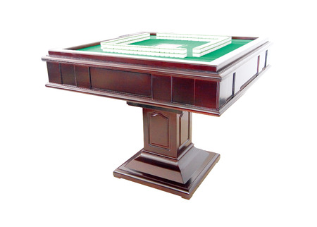 mahjong: Automatic mahjong table with clipping path