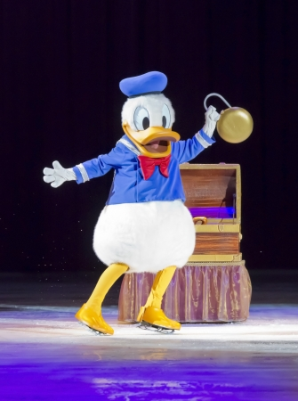 donald: GREEN BAY, WI - MARCH 10: Donald Duck on skates at the Disney on Ice Treasure Trove show at the Resch Center on March 10, 2012 in Green Bay, Wisconsin.