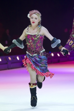 pirate crew: GREEN BAY, WI - MARCH 10:  Lady Pirate crew skater from Peter Pan on skates at the Disney on Ice Treasure Trove show at the Resch Center on March 10, 2012 in Green Bay, Wisconsin. Editorial