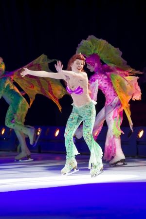 treasure trove: GREEN BAY, WI - MARCH 10: Ariel and others from Little Mermaid on skates at the Disney on Ice Treasure Trove show at the Resch Center on March 10, 2012 in Green Bay, Wisconsin.