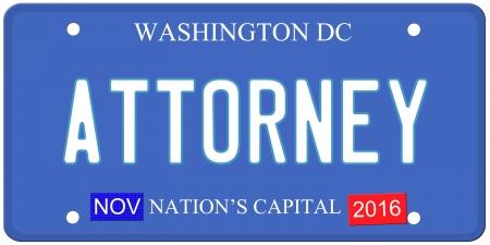 Een imitatie Washington DC kenteken met november 2016 stickers en PROCUREUR geschreven op het maken van een geweldig concept. Woorden op de bodem Naties Capital.