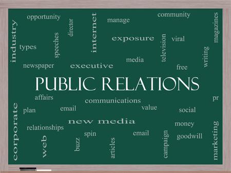 relaciones publicas: Relaciones Públicas Palabra Nube Concepto en una pizarra con términos tales como asuntos sociales, virales, y mucho más. Foto de archivo