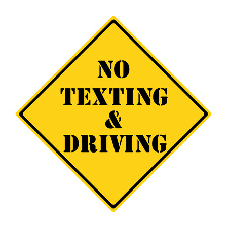 diamond shaped: A yellow and black diamond shaped road sign with the words NO TEXTING AND DRIVING making a great concept.