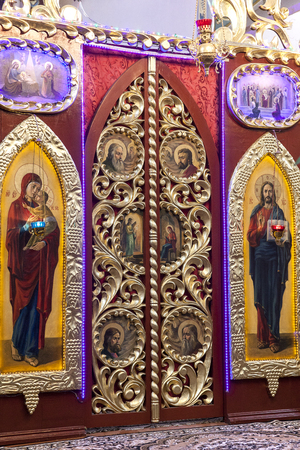 iconostasis: Iconostasis in Greek-Catholic  orthodox  church in Laszki Murowane,western Ukraine