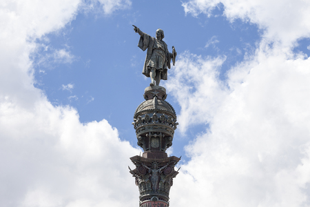corinthian column: Details of Columbus Monument, Barcelona, Spain. Bronze statue  sculpted by Rafael Atche, situated on top of a 40-meter Corinthian column.