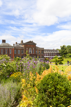 LONDON, UNITED KINGDOM - JUNE 23, 2017: Kensington Palace set in Kensington Gardens.  It has been a residence of the British Royal Family since the 17th century and Queen Victoria's birthplace 에디토리얼