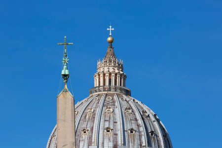 Vatican, Rome, Italy - October 9, 2020: Dome of Saint Peter's Basilica Egyptian obelisk at St. Peter's square. Few tourists on the top of dome due to the Covid-19 coronovirus pandemic Archivio Fotografico