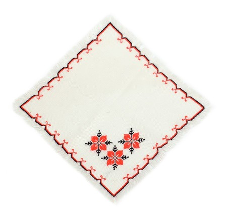 serviette: geborduurde servet door kruis steek patroon